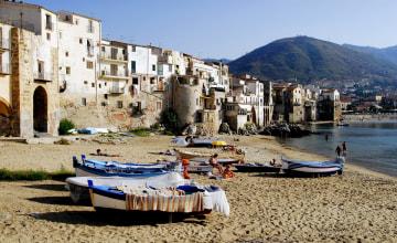 Fischerhafen von Cefalu_Italiafoto_4434.JPG