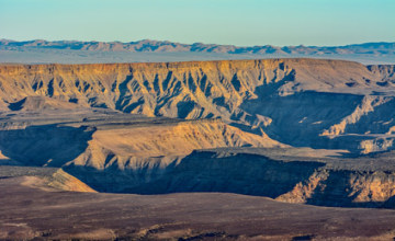 Fish River Canyon_Fotolia_167023998_XS.jpg