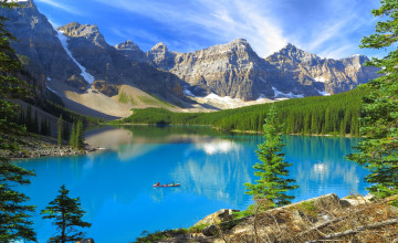 Moraine Lake_Banff NP Fotolia_45364998_M.jpg