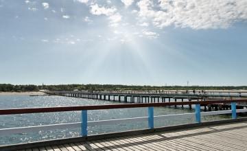 Pier in Palanga_123RF_33275430_s.jpg