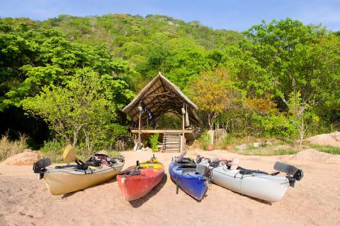 Domwe-Kayaks.jpg