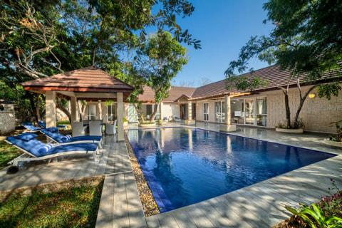 LEOPARD BEACH RESORT  2_Bdr_Pool_Villa_24_pool_wide.jpg