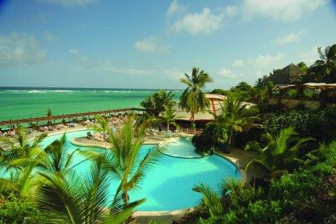 Leopard Beach Hotel wetu 30_Pool_3