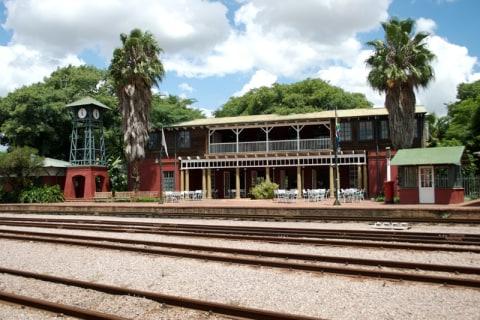 Bahnhof Gebäude