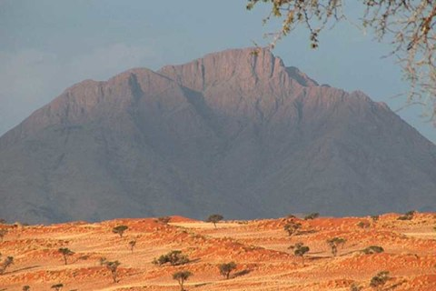 Tok Tokkie Trails Namibia Berge.jpg