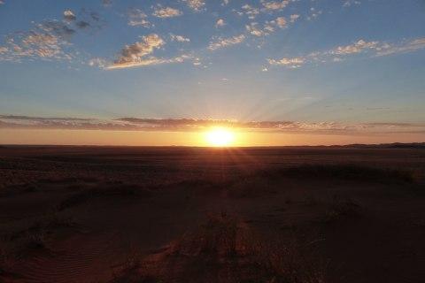 Sonnenuntergang Damaraland, Kleingruppenreise Capetown und Namibias Highlights