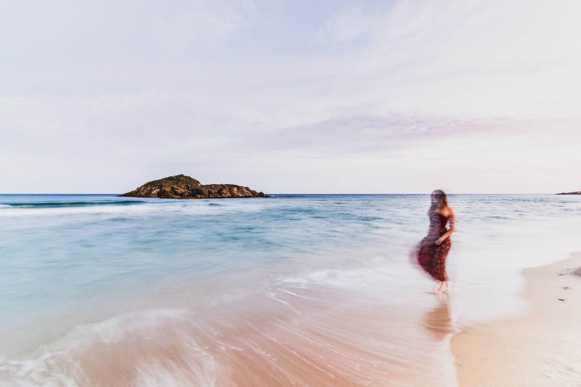 Frau am Strand