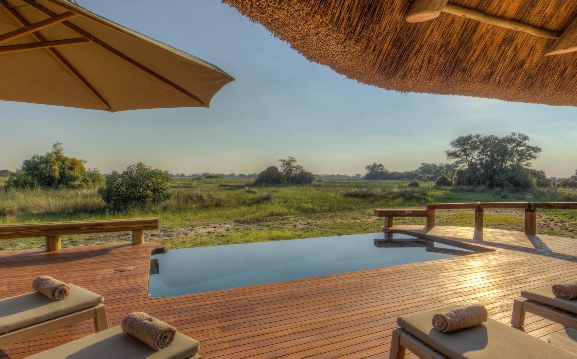 Swimmingpool des Camp Okavango