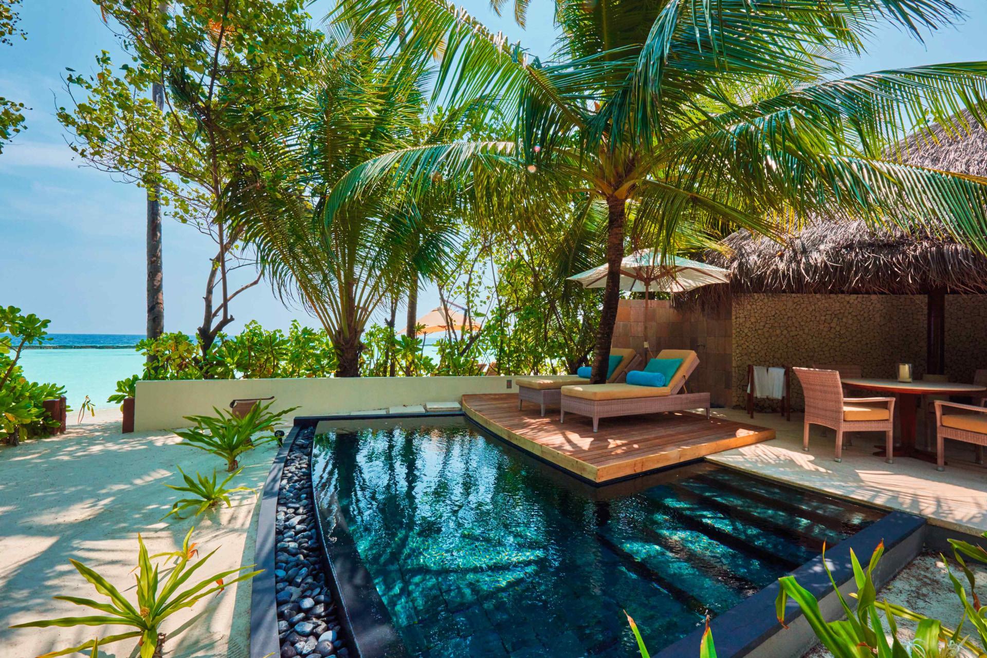 Strand Villa mit Pool