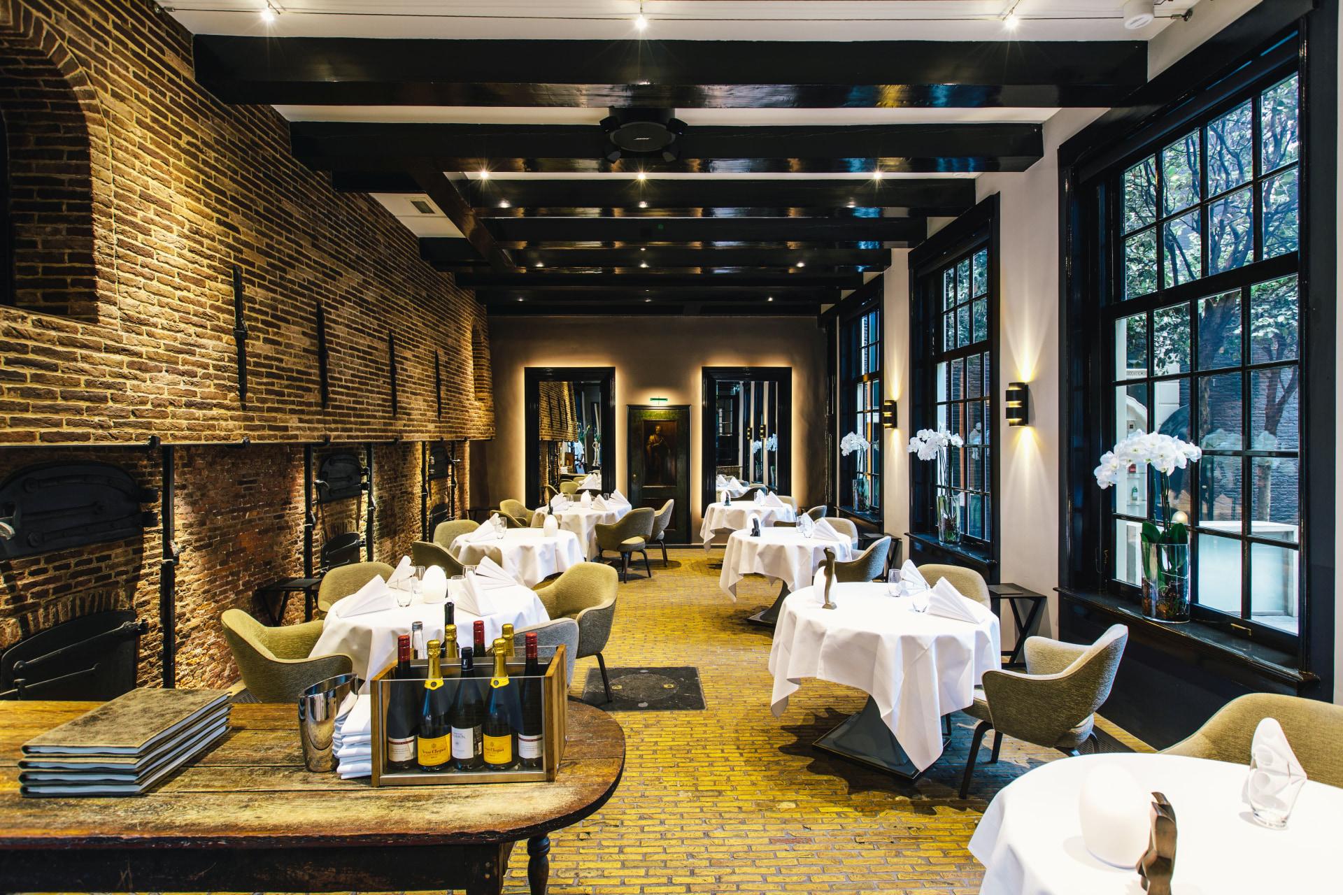 Restaurant Set-up im Dylan Amsterdam
