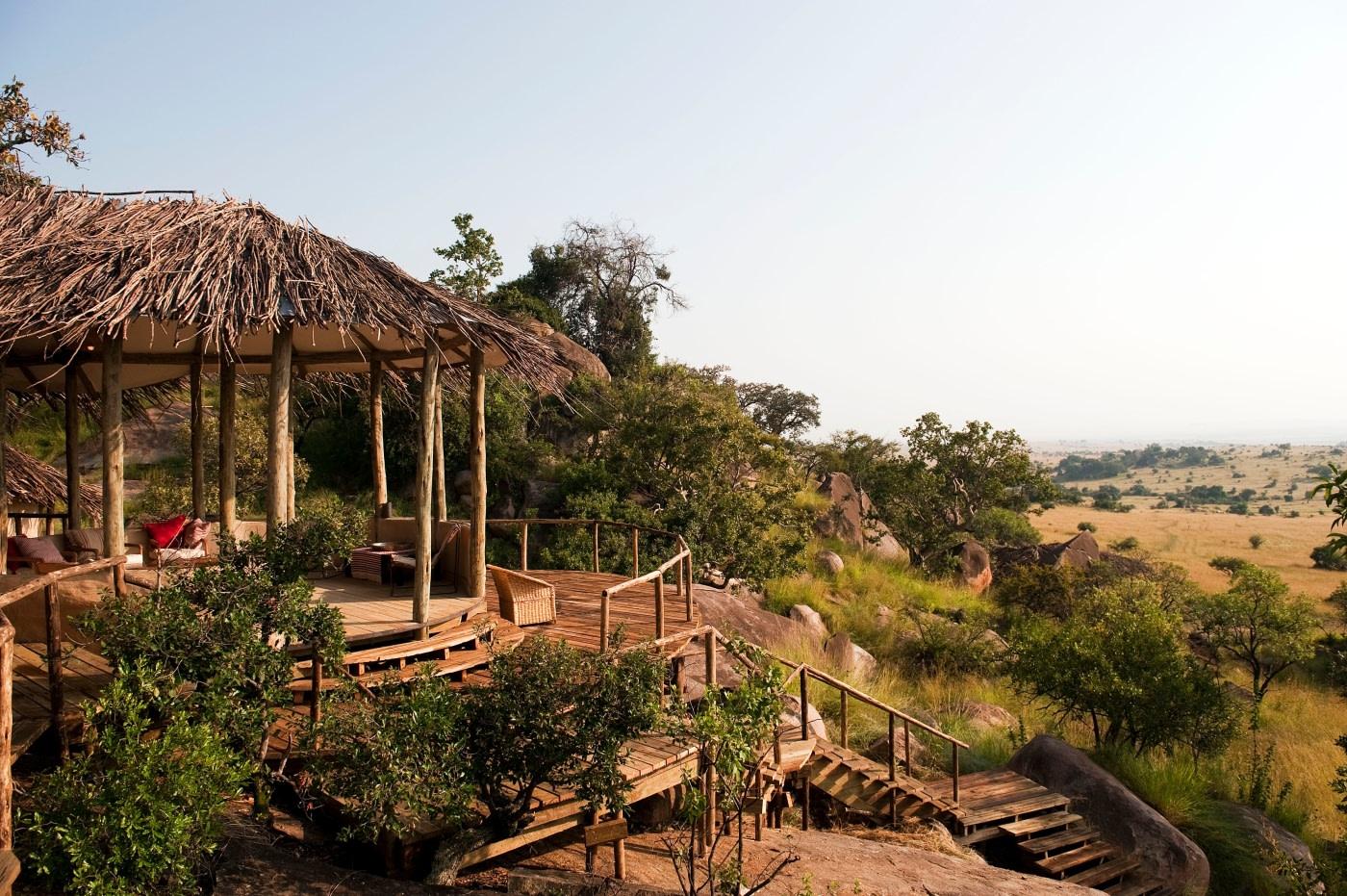 Aussenansicht einer Cottage im Lamai Serengeti