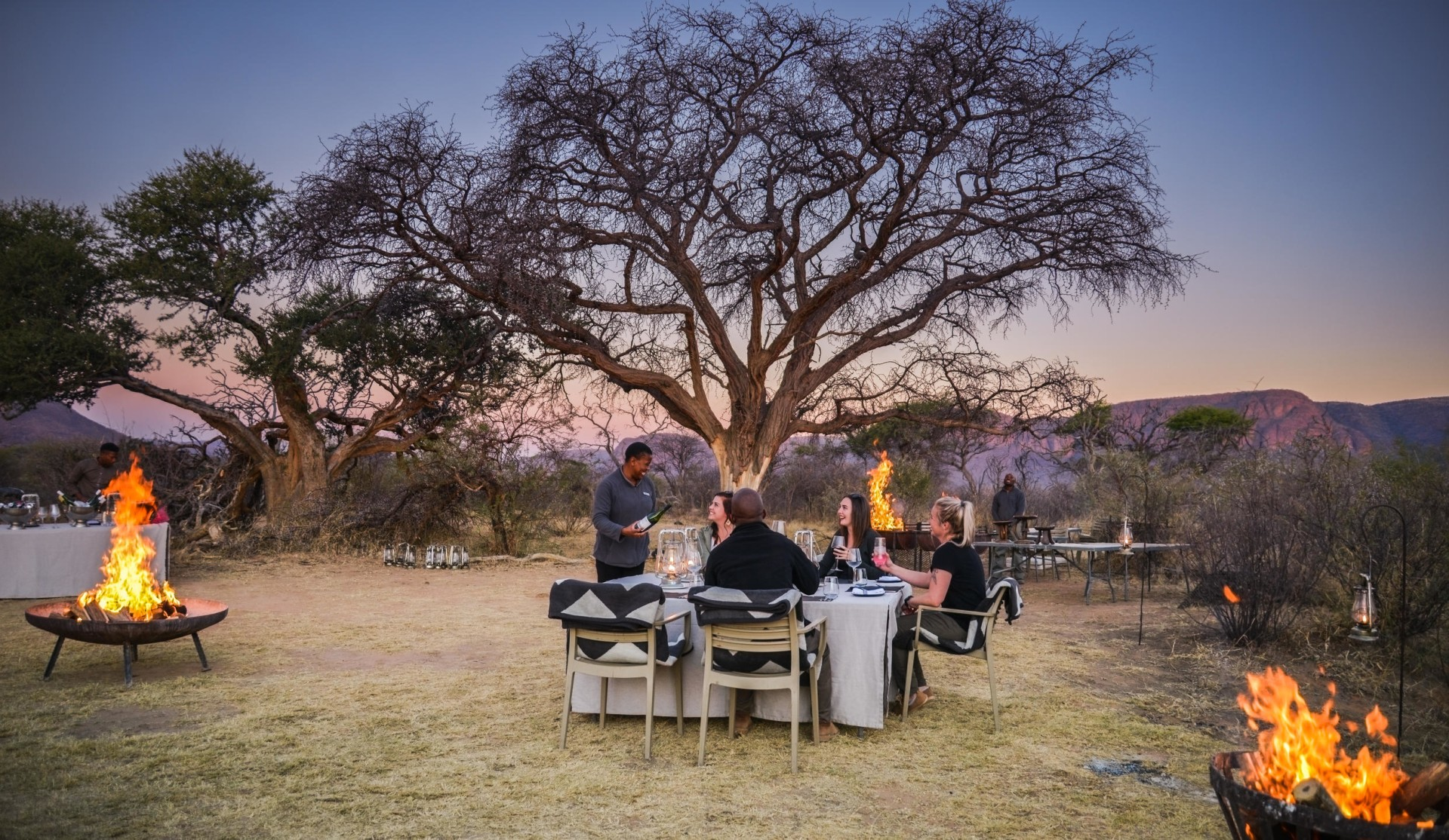 Abendessen im Busch in der Marataba Safari Lodge
