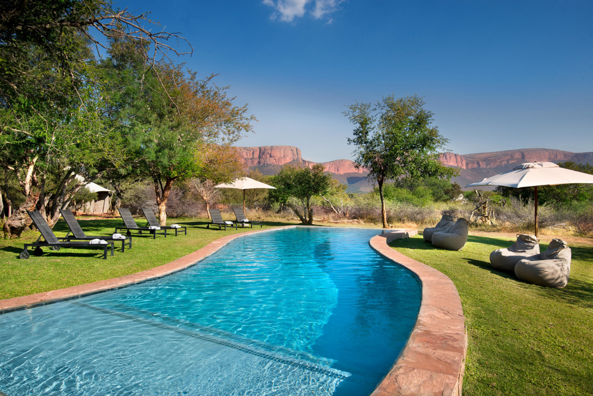 Swimmingpool der Marataba Safari Lodge