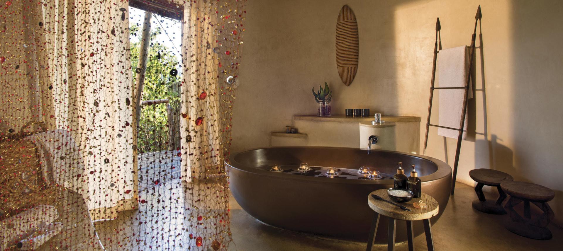 Badezimmer eines Luxury Tents in der Marataba Safari Lodge