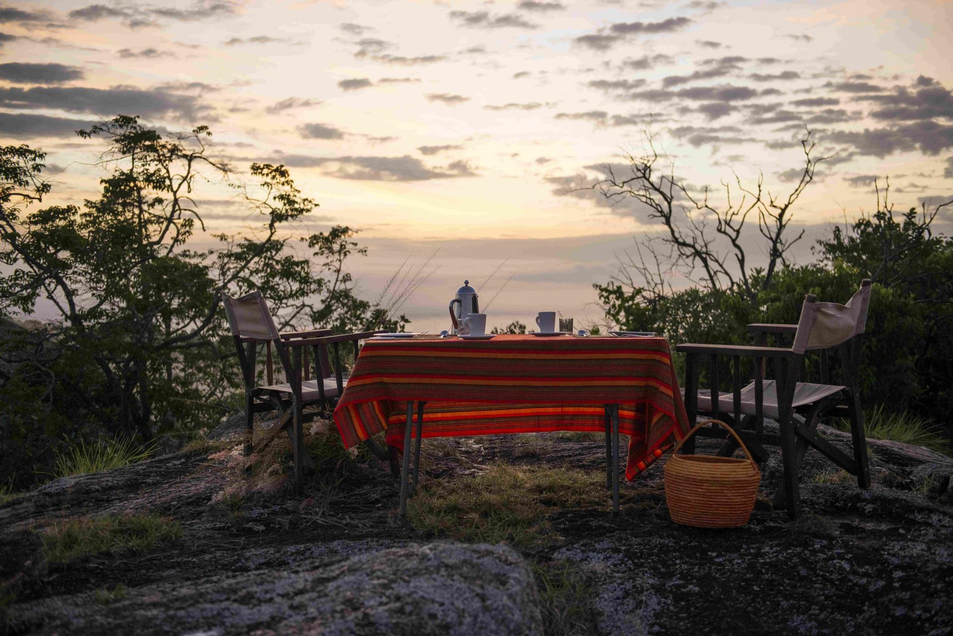 Romantisches Abendessen in der Mihingo Lodge