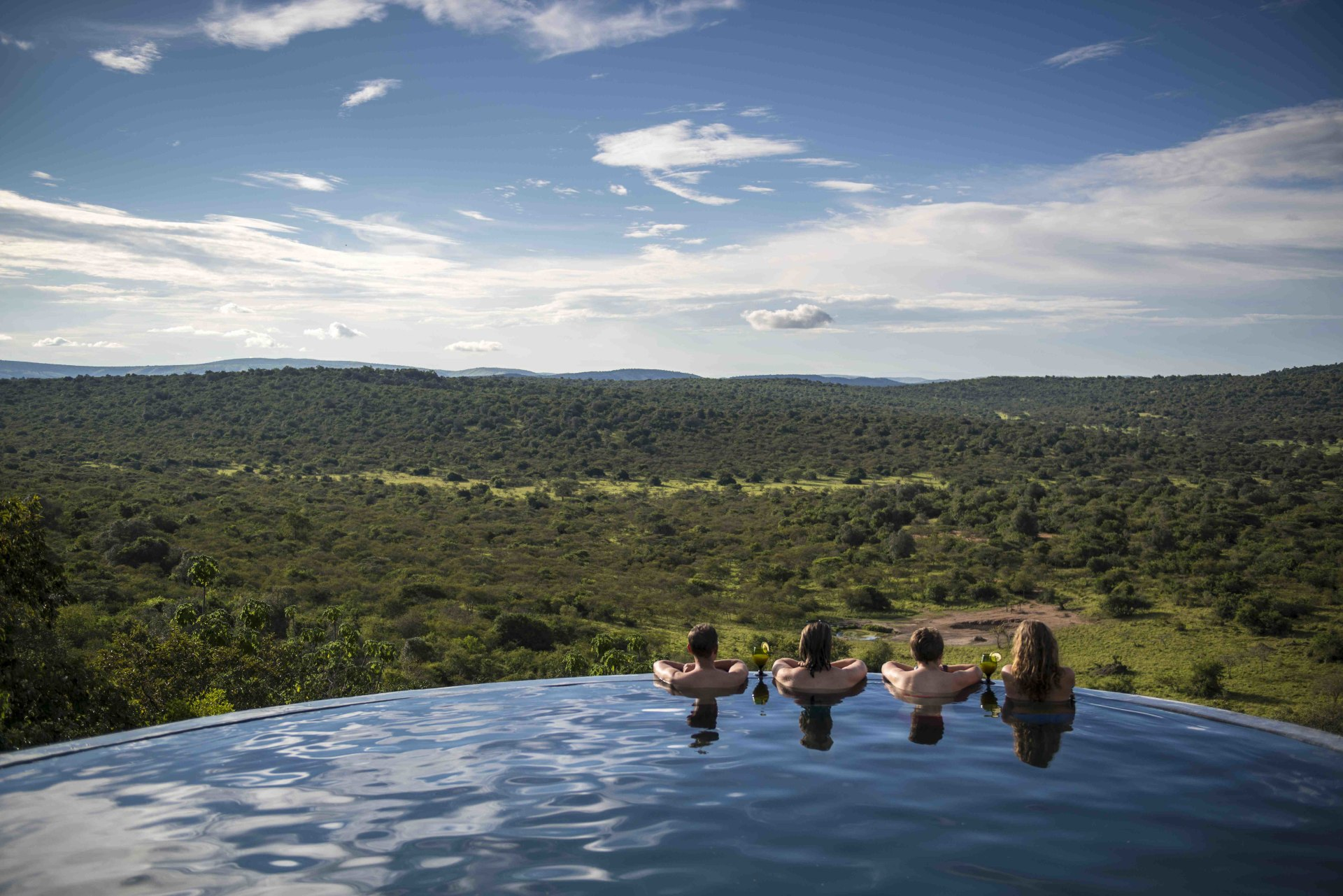 Swimmingpool der Mihingo Lodge