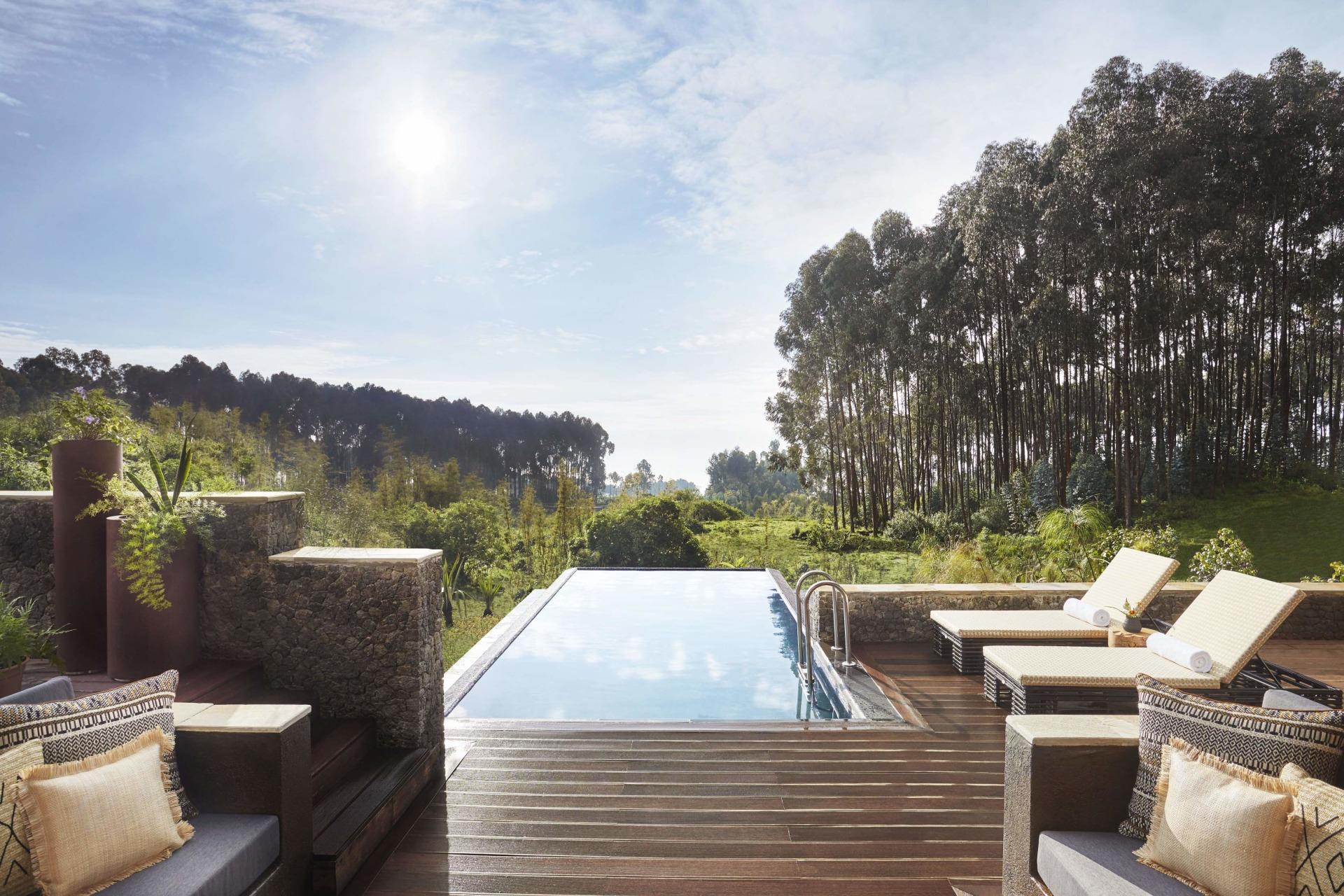Privater Pool der Suite im One&Only Gorillas Nest