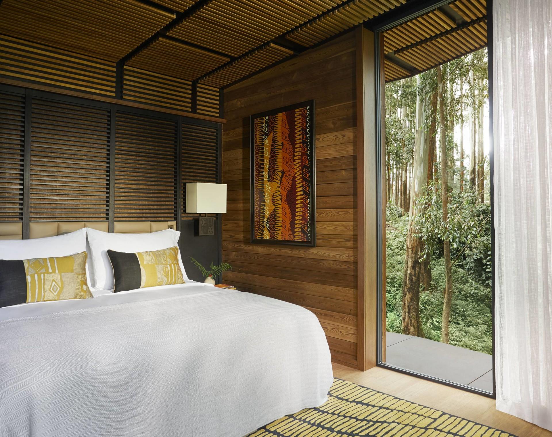 Schlafzimmer einer Suite im One&Only Gorillas Nest