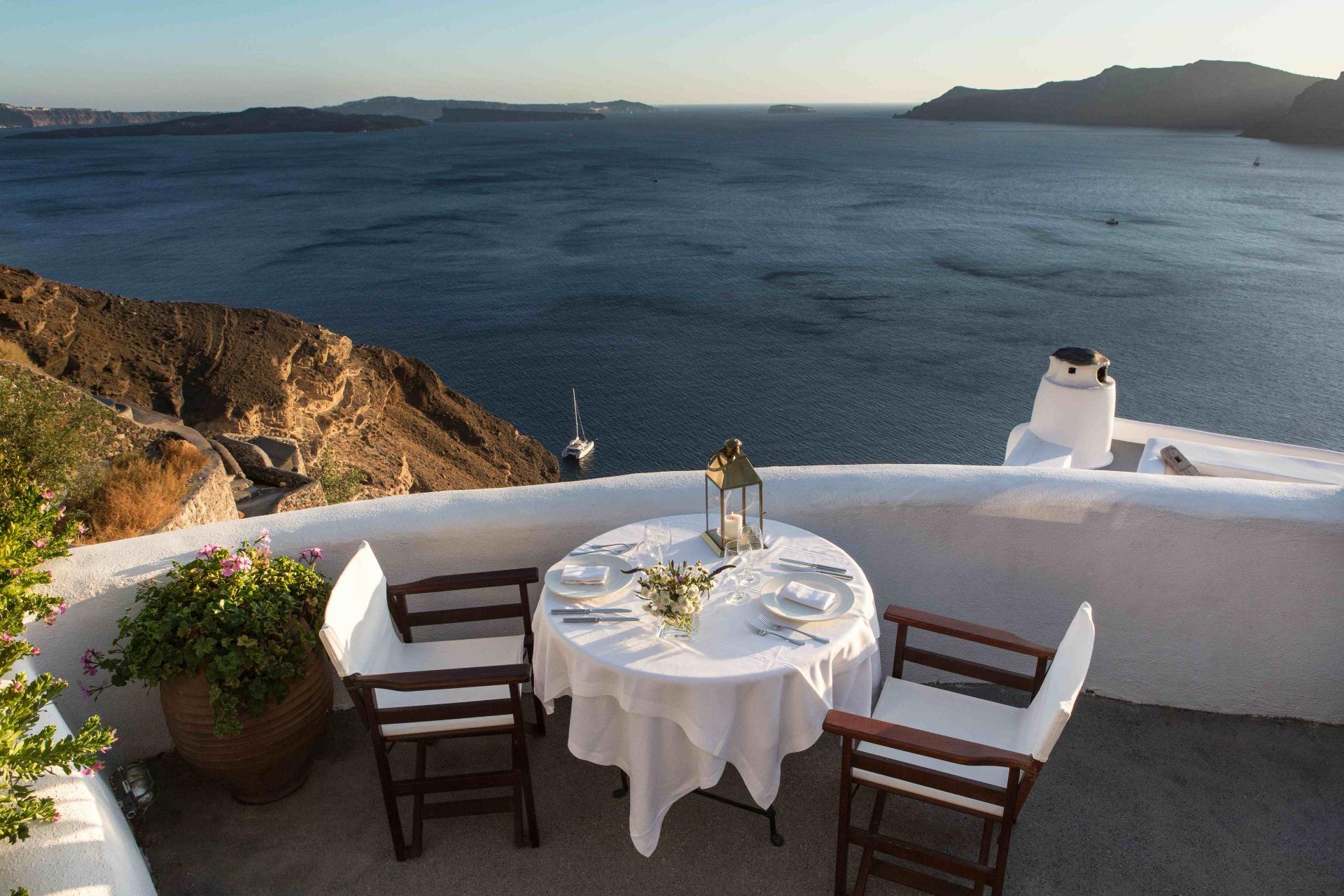 Restaurant des Perivolas Santorini Hotels