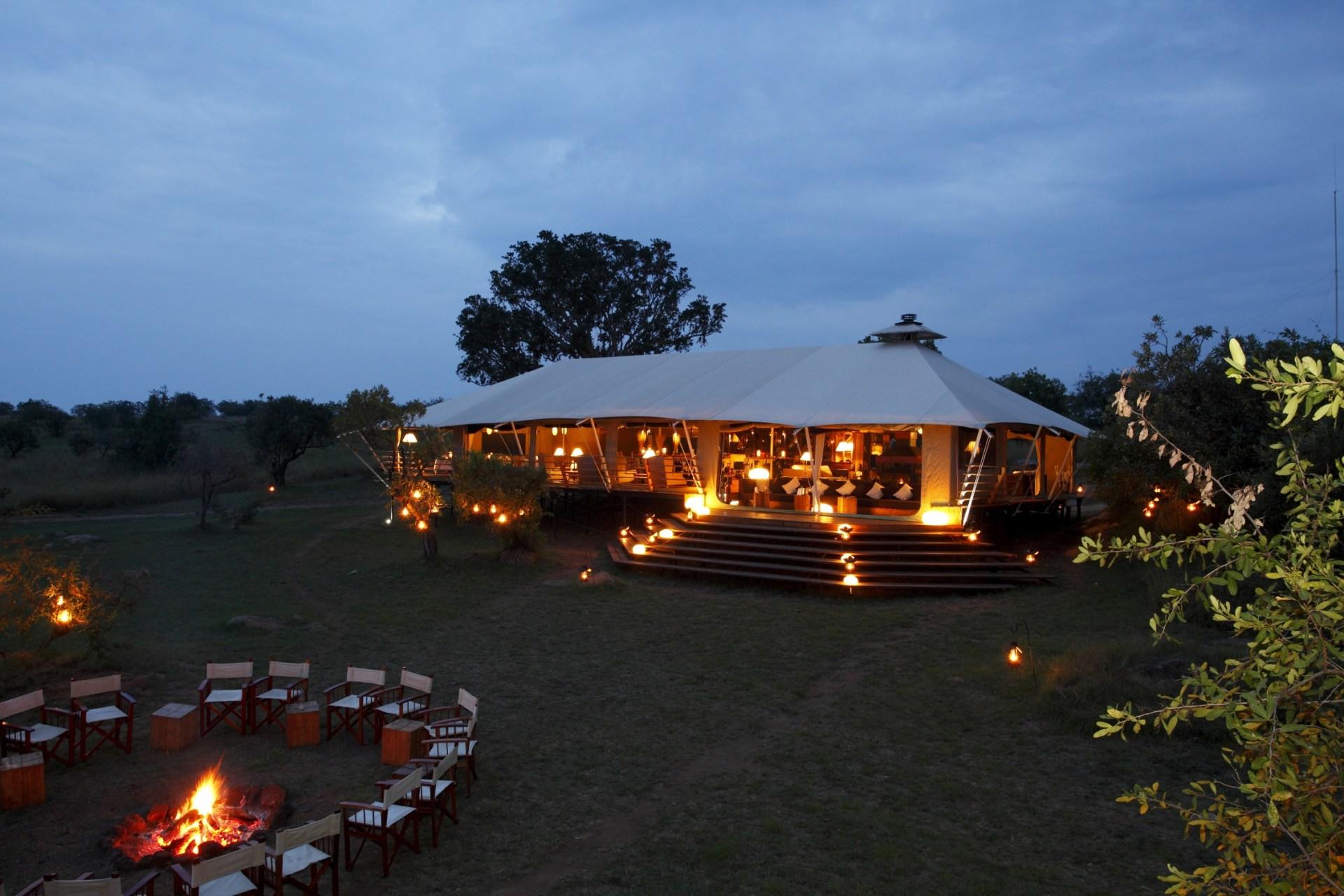 Hauptzelt des Serengeti Bushtops