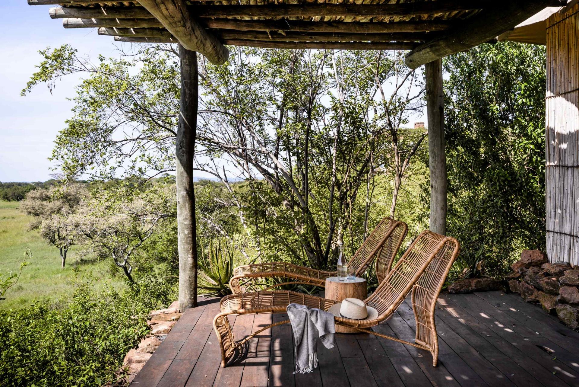 Veranda einer Suite der Singita Faru Faru Lodge
