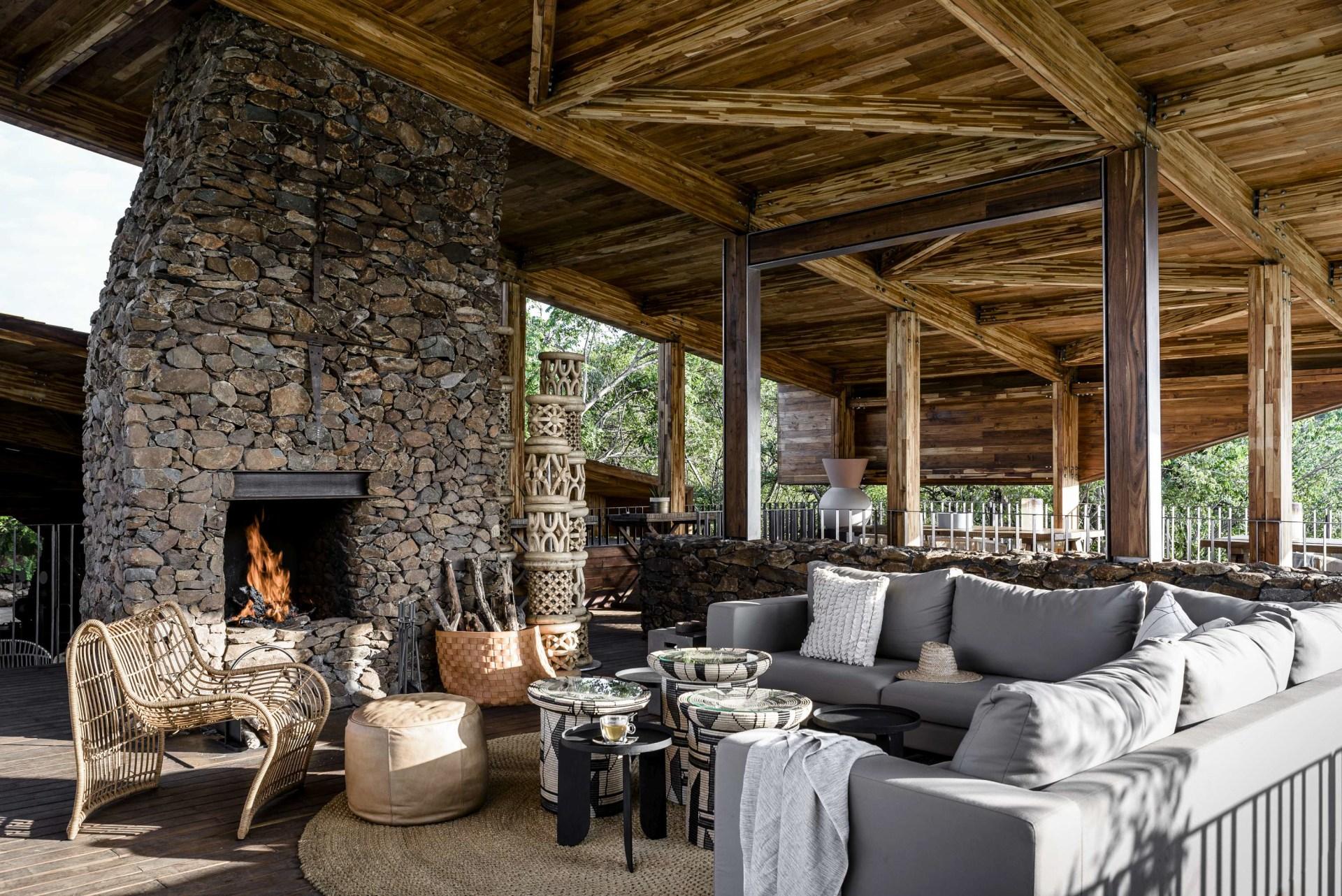 Loungebereich der Singita Faru Faru Lodge