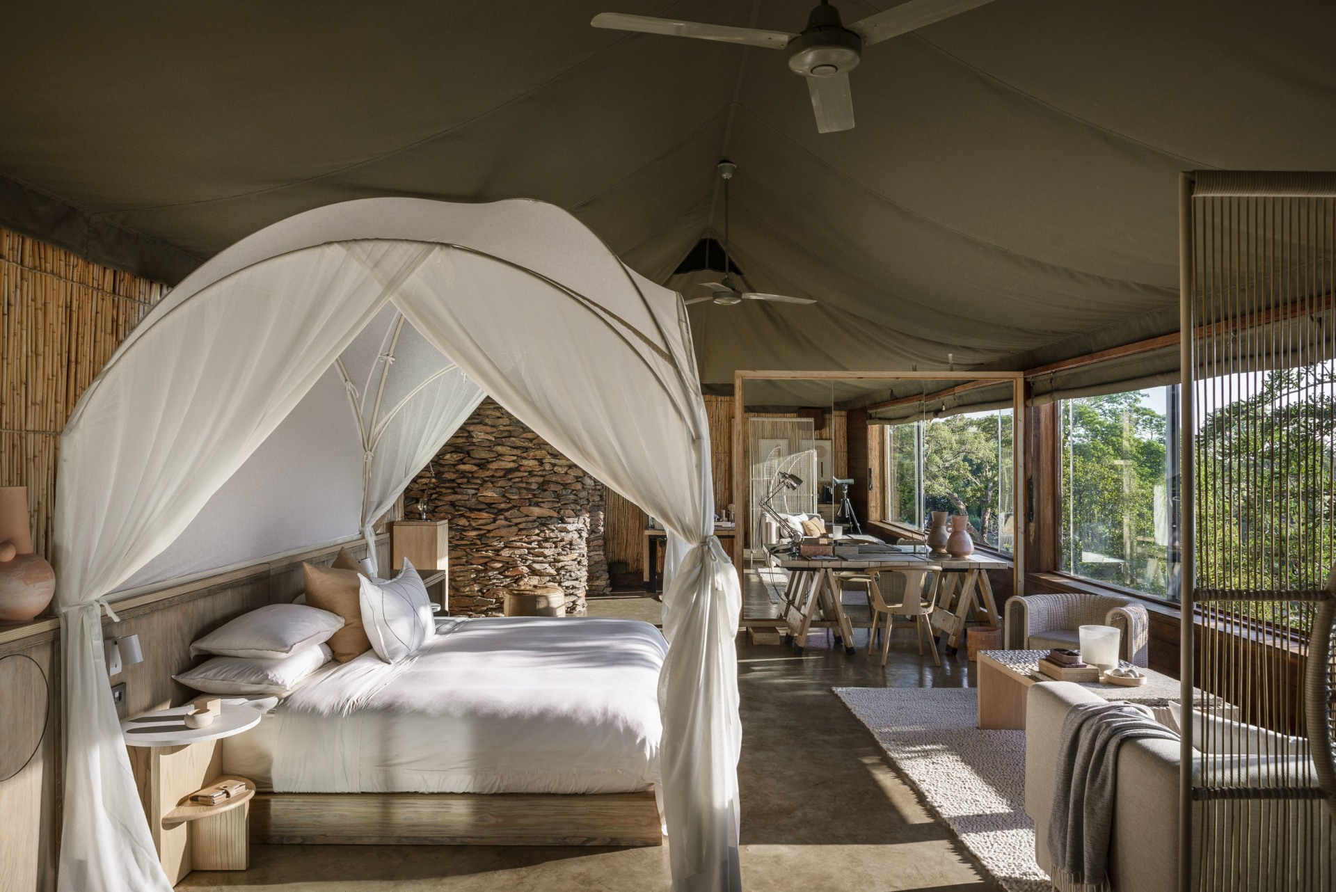 Schlafimmer in der Singita Faru Faru Lodge