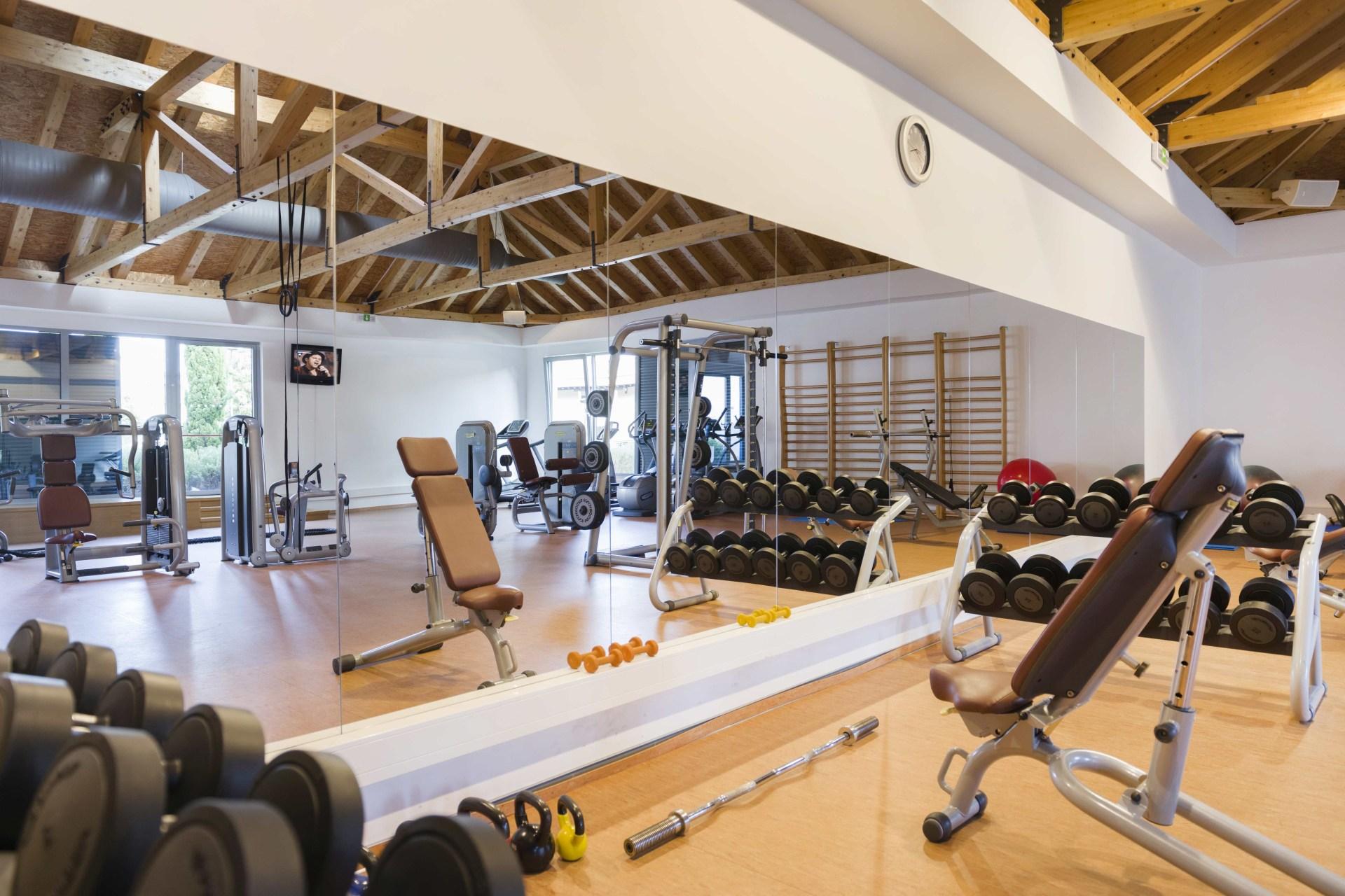 Innenansicht des Fitnessstudios im Sun Gardens Dubrovnik