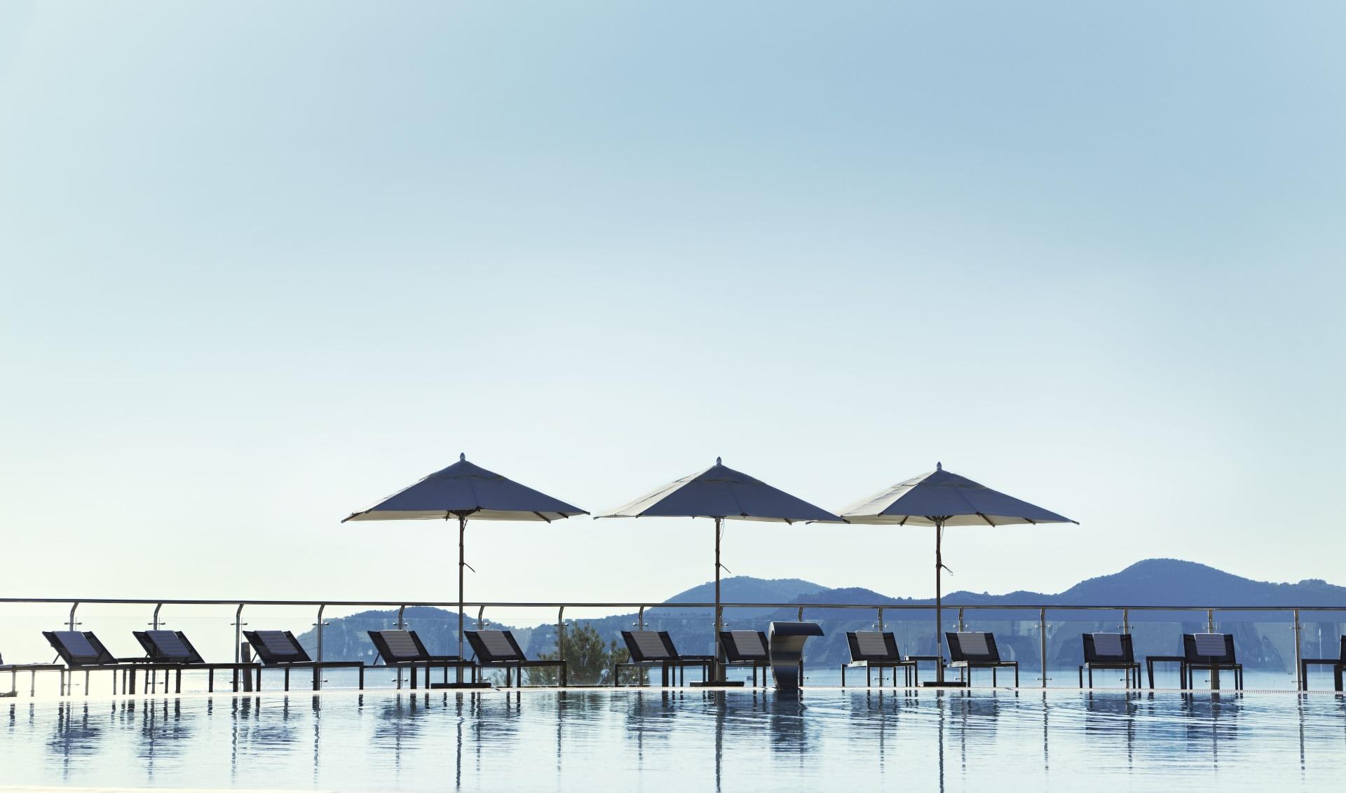 Pool mit Meerblick des Sun Gardens Dubrovnik