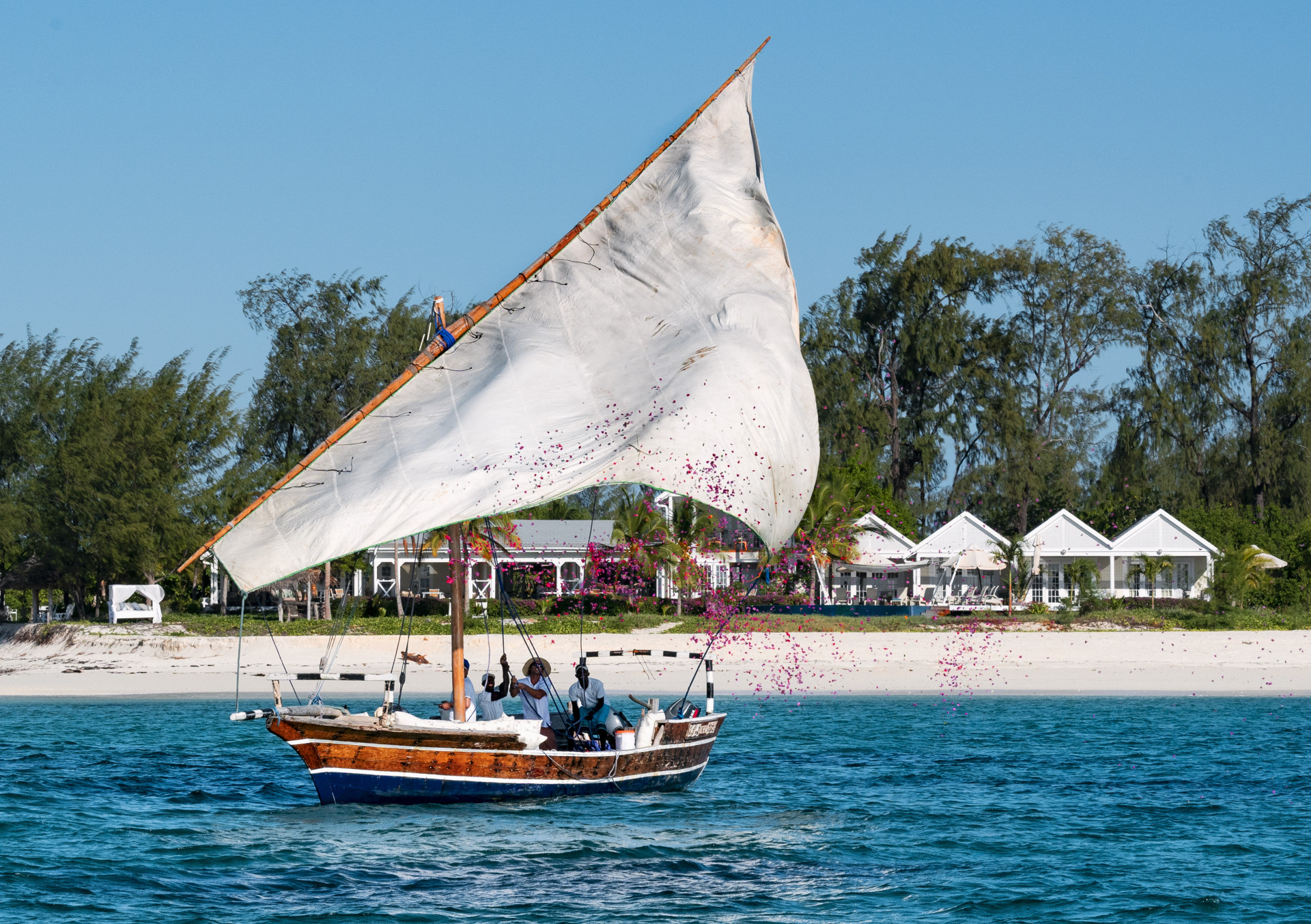 Bootfahrt vor Thanda Island