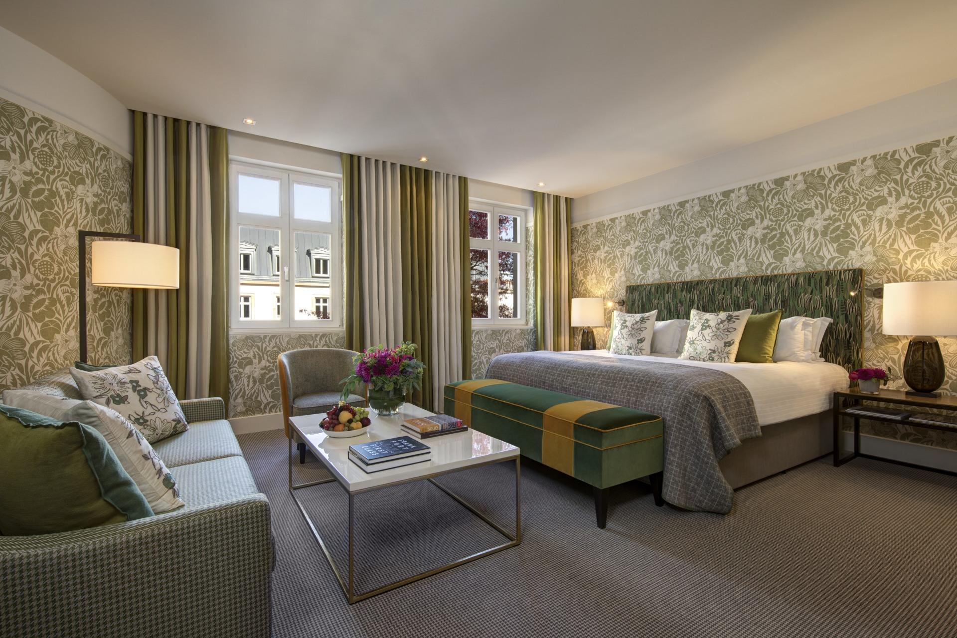 Wohn- und Schlafbereich der Zimmer