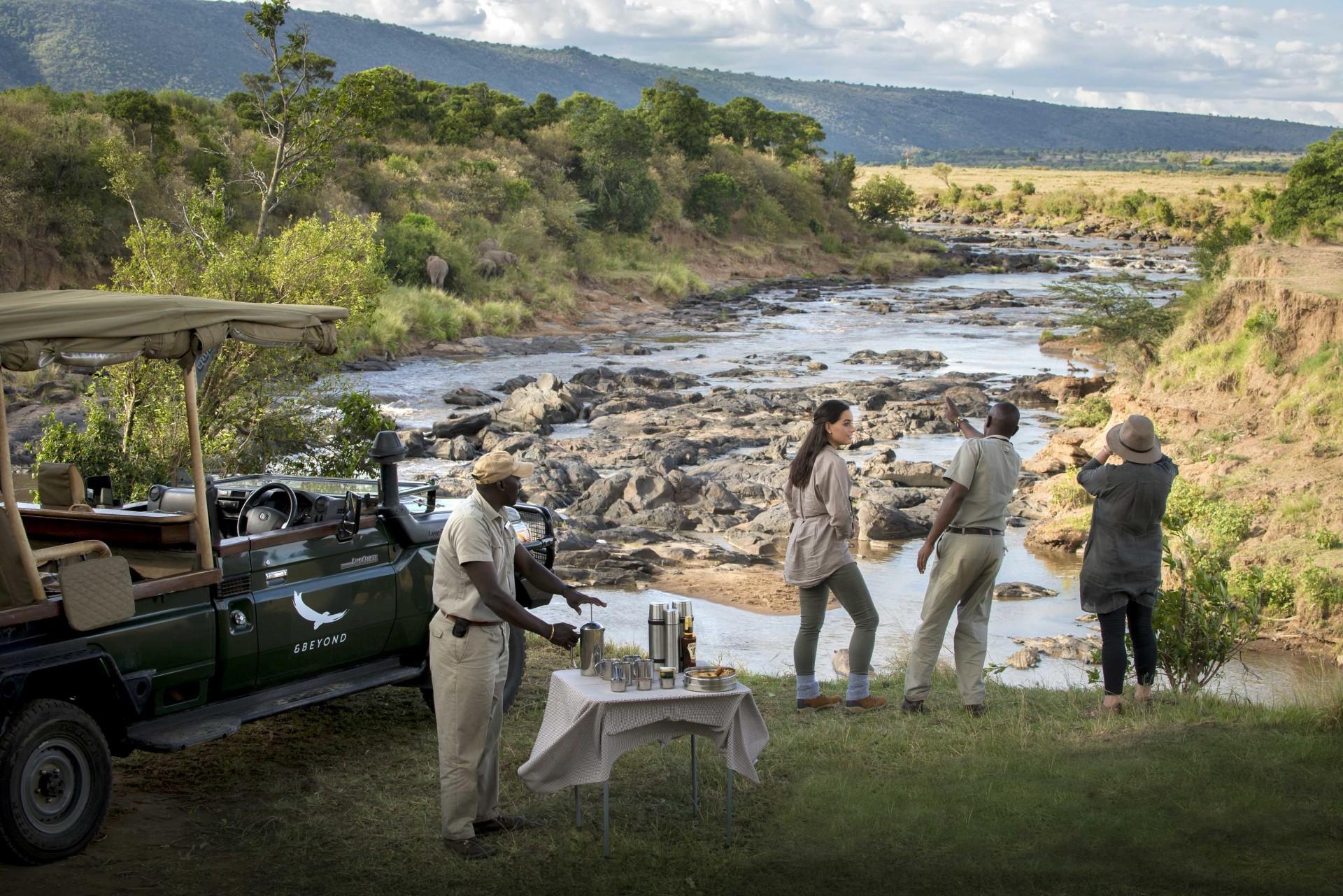 Pirschfahrt in der Masai Mara nahe des andBeyond Bateleur Camp