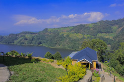 Blick auf den Lake Mutanda