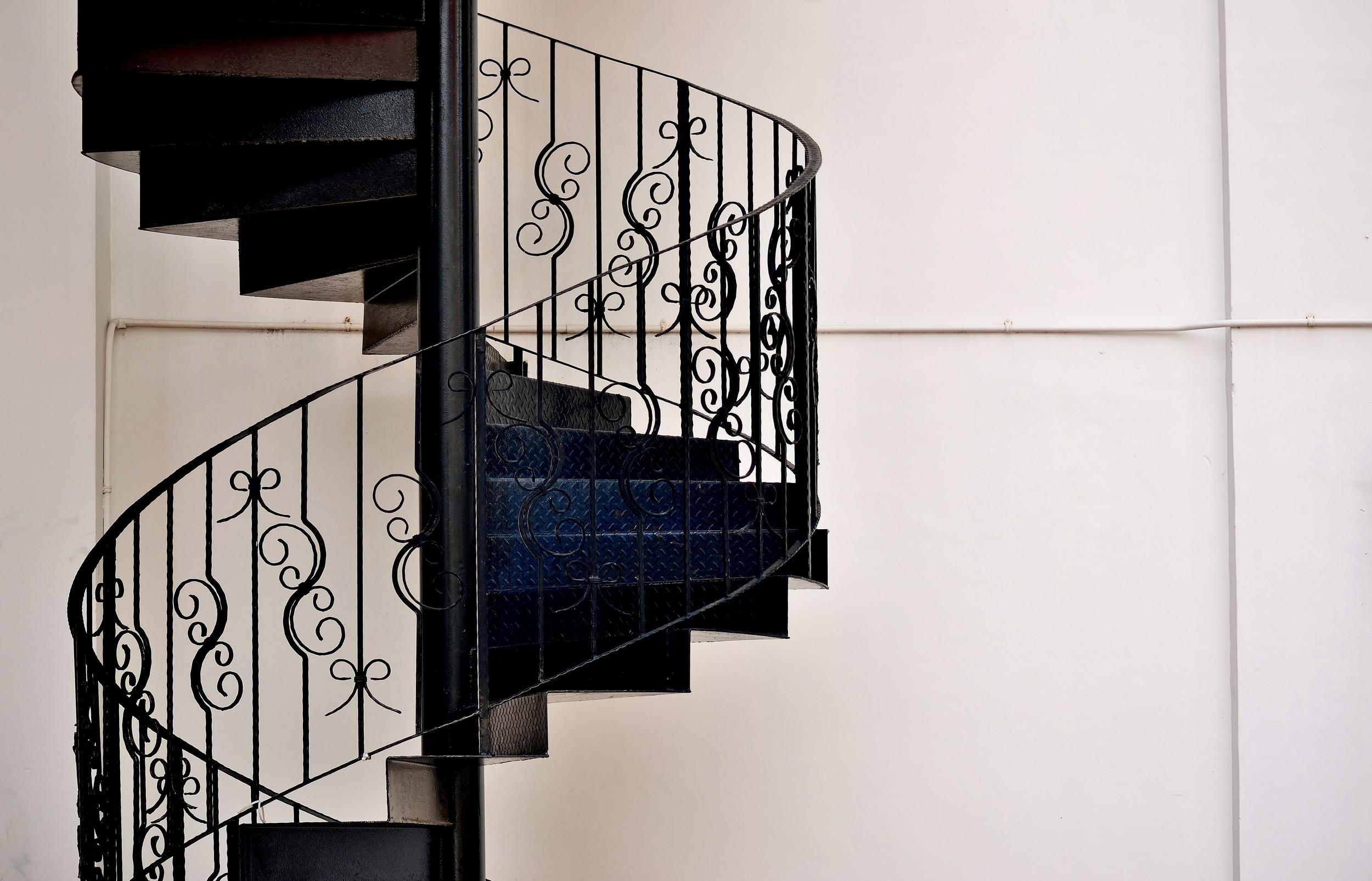 מדרגות ברזל ספירלה