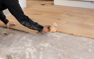 הדבקת פרקט על רצפה קיימת זה חסכוני | מחשבון שיפוצים מידרג