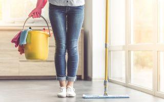 שטיפת רצפה בבית