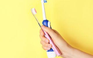 מה עדיף מברשת שיניים חשמלית או רגילה?