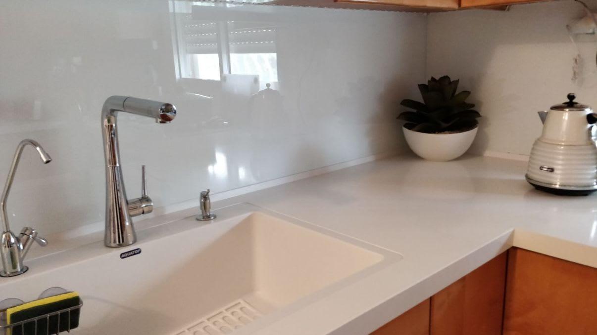 חיפוי זכוכית למטבח - מחירים