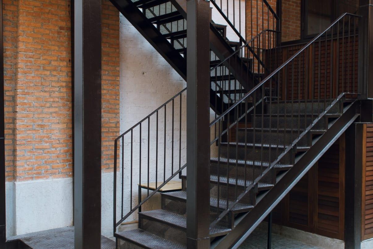 מדרגות ברזל