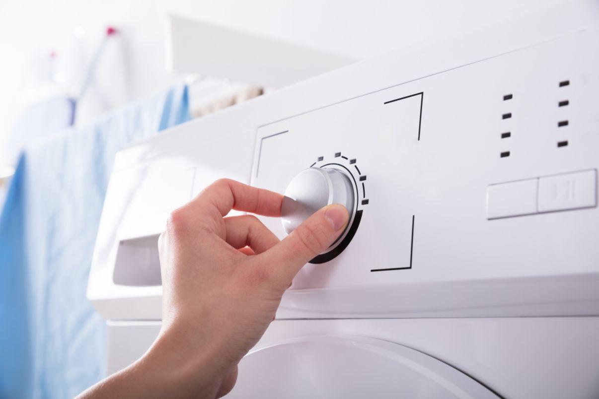 כוונון מהירות במכונת כביסה