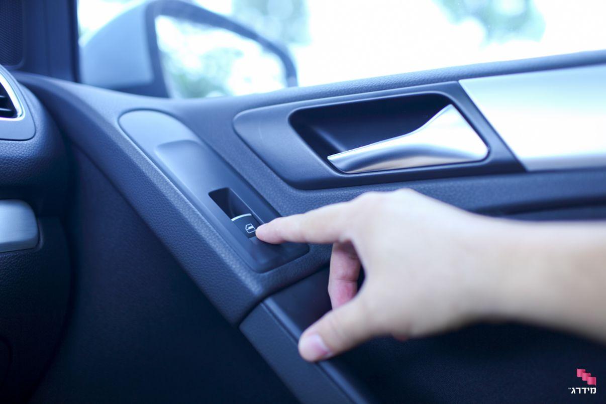 תיקון חלון חשמלי ברכב