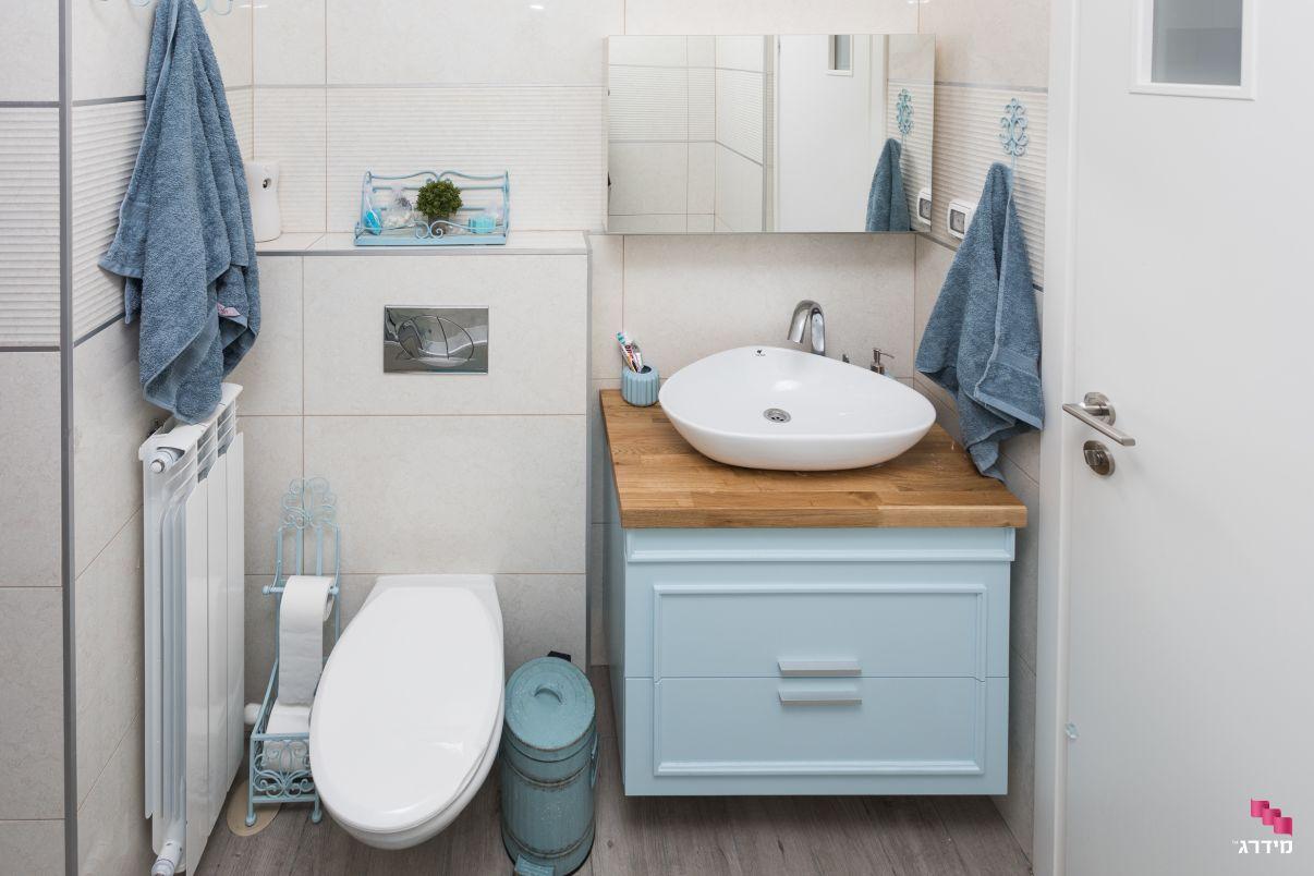 עיצוב חדר אמבטיה בדירת קבלן