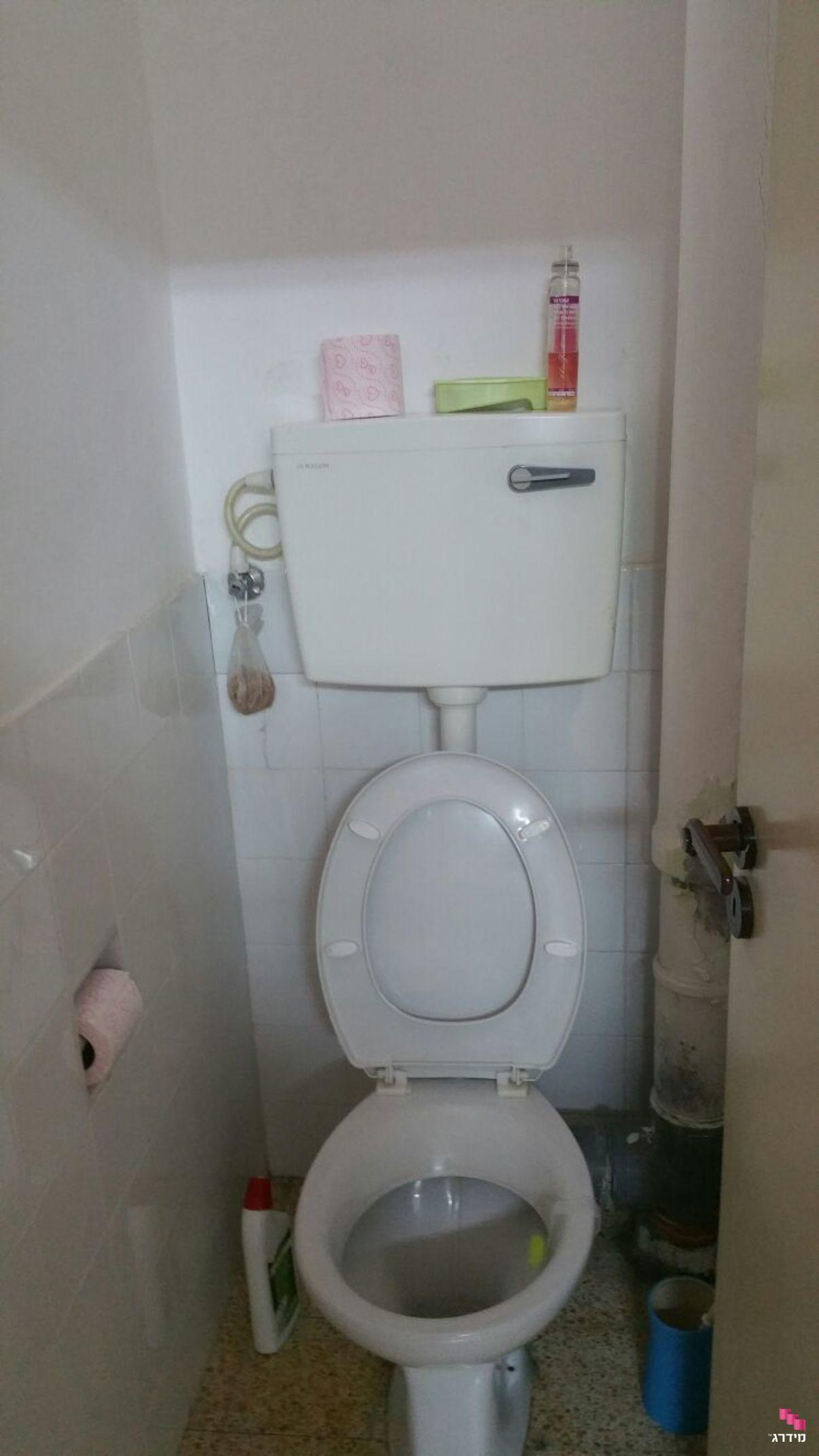 עיצוב דירה קטנה שירותים