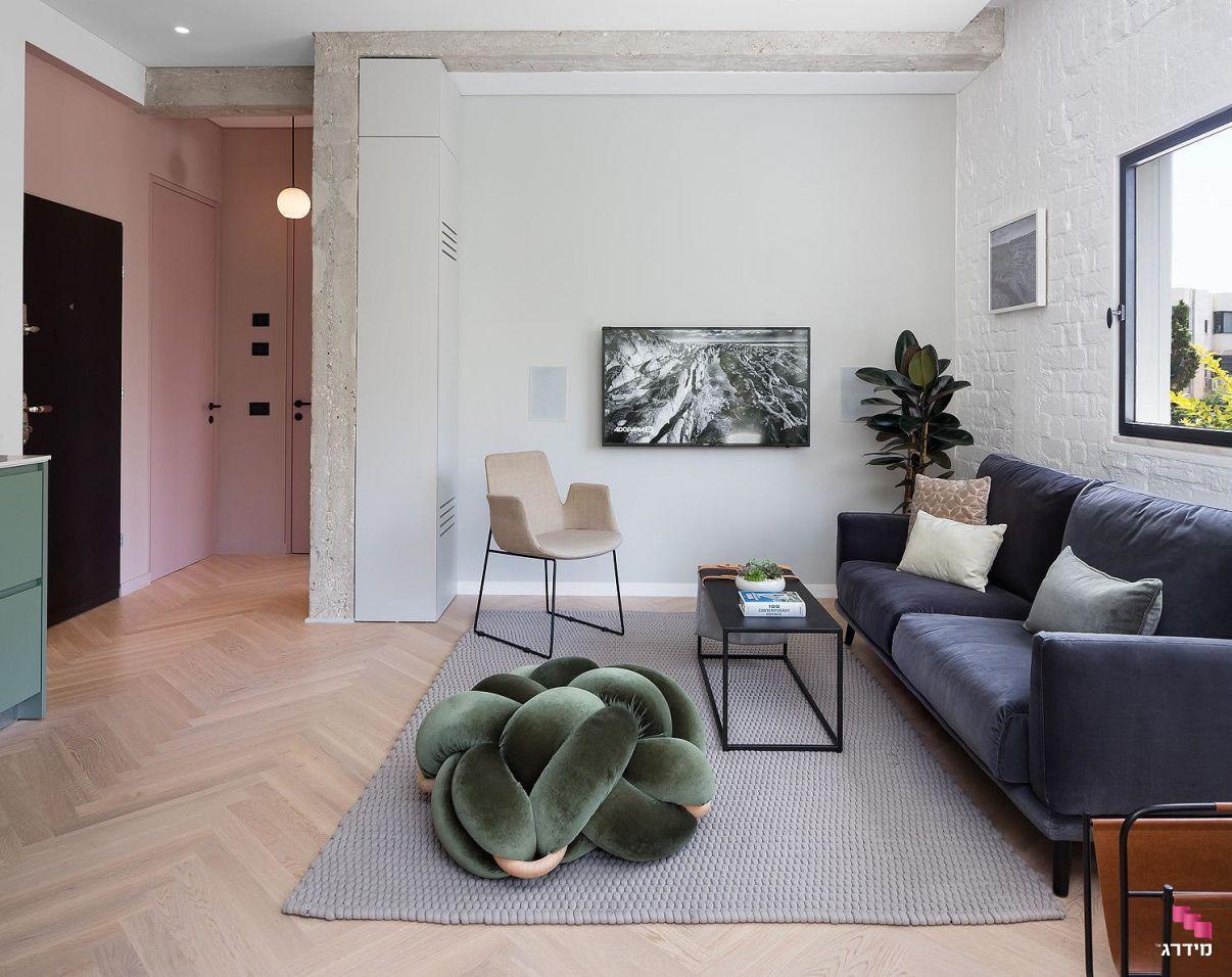 עיצוב דירה קטנה בתל אביב לזוג
