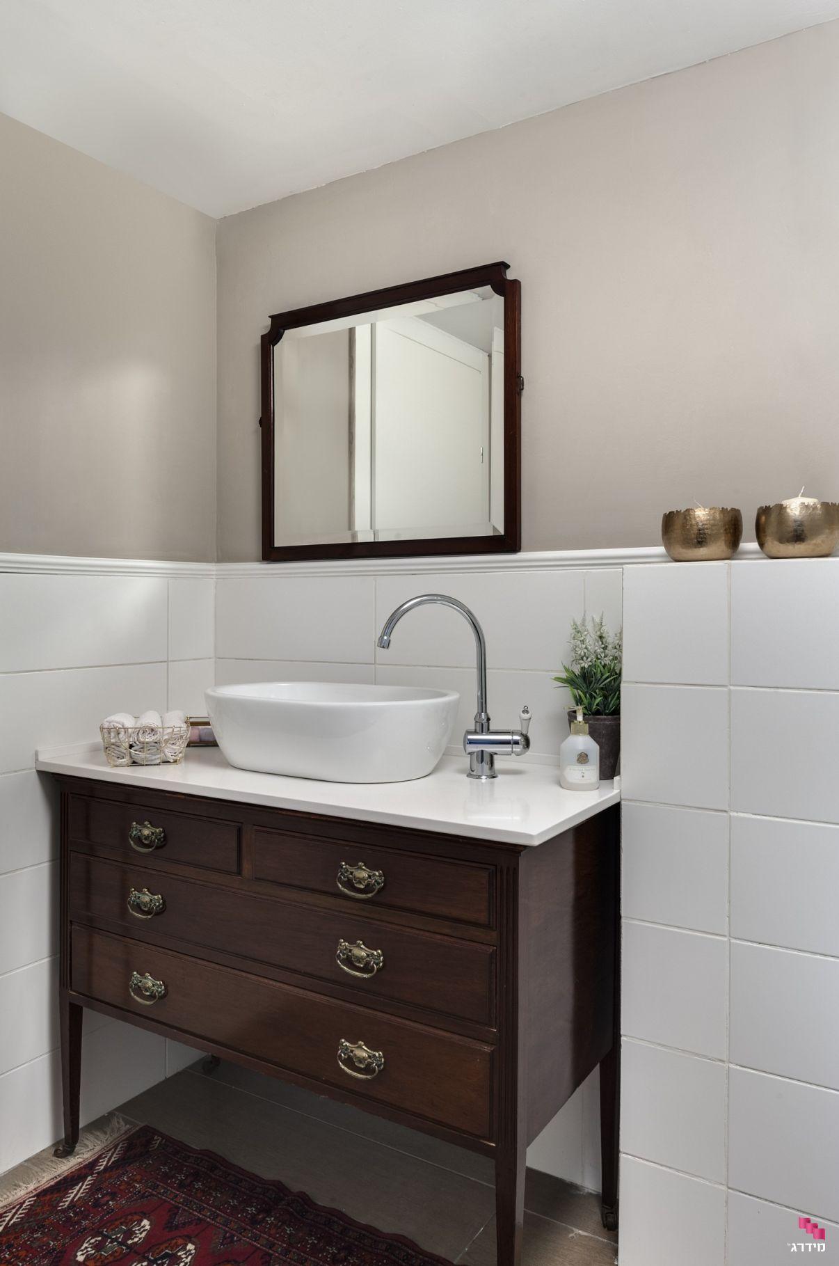 עיצוב דירת קבלן אמבטיה