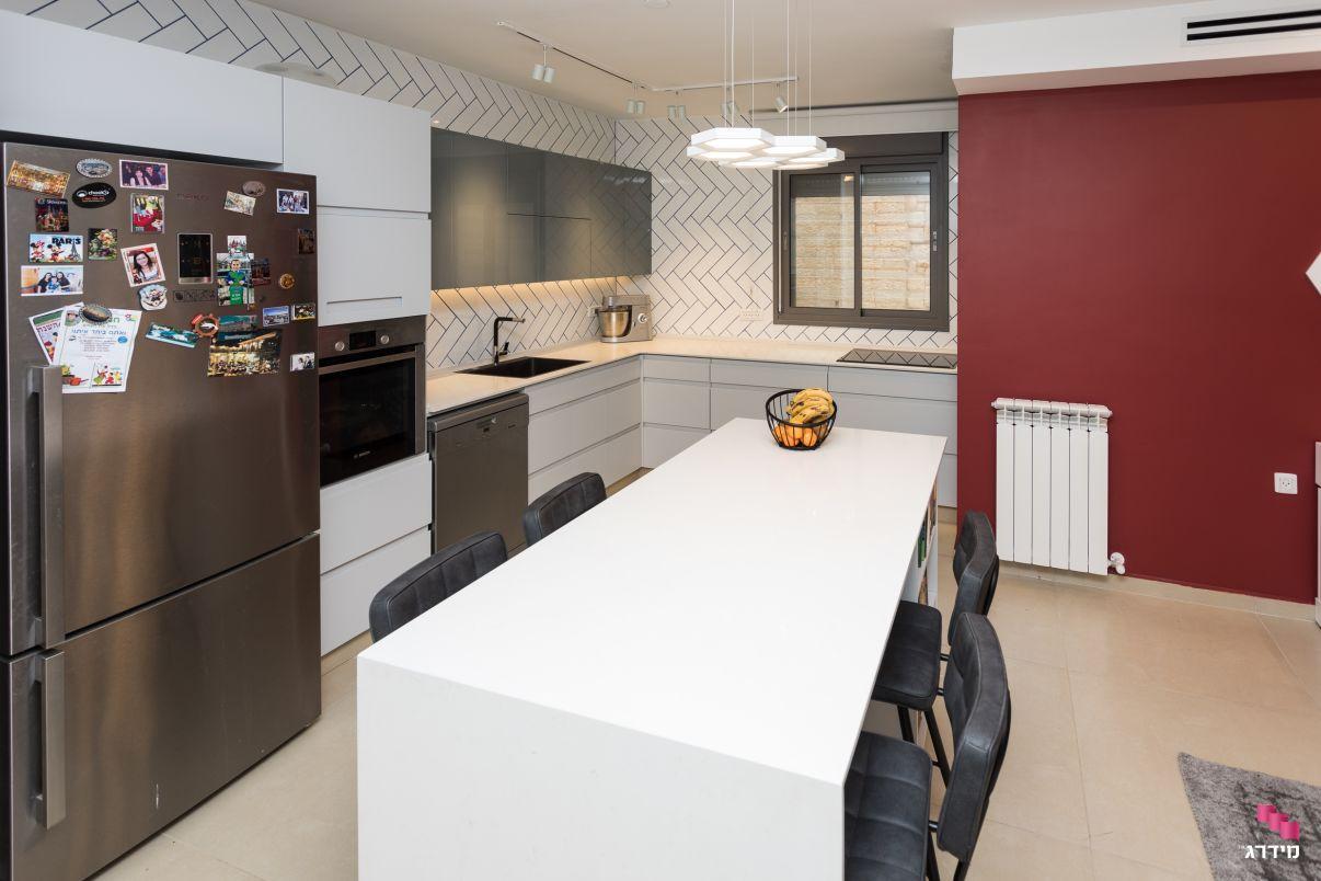 עיצוב מטבח בדירת קבלן