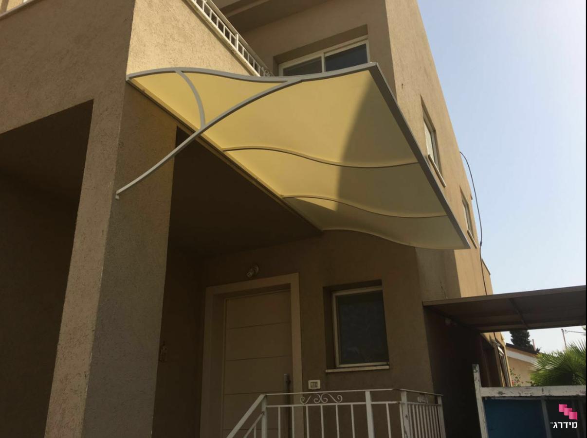 סוכך קבוע למרפסת
