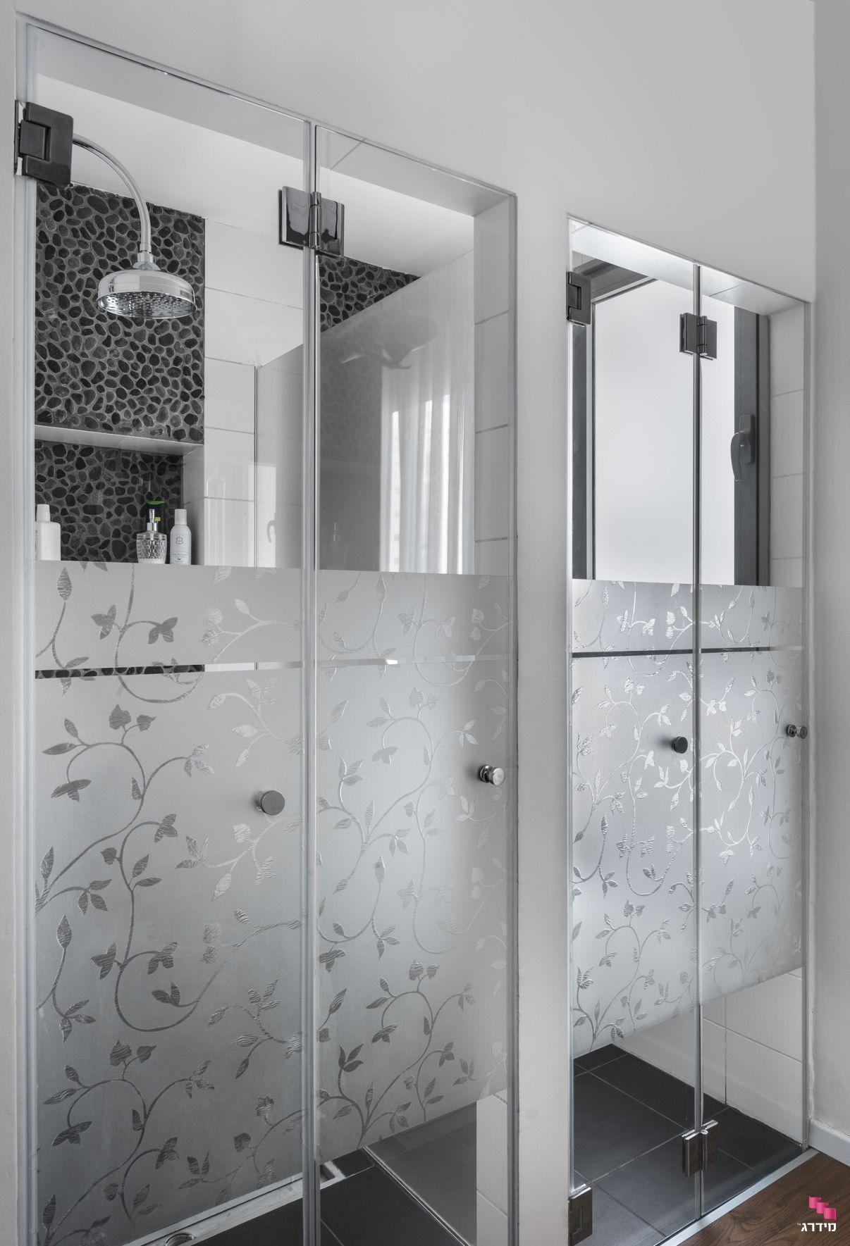 עיצוב דירת קבלן מקלחון