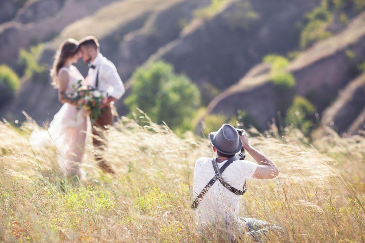 איך לבחור צלם חתונה