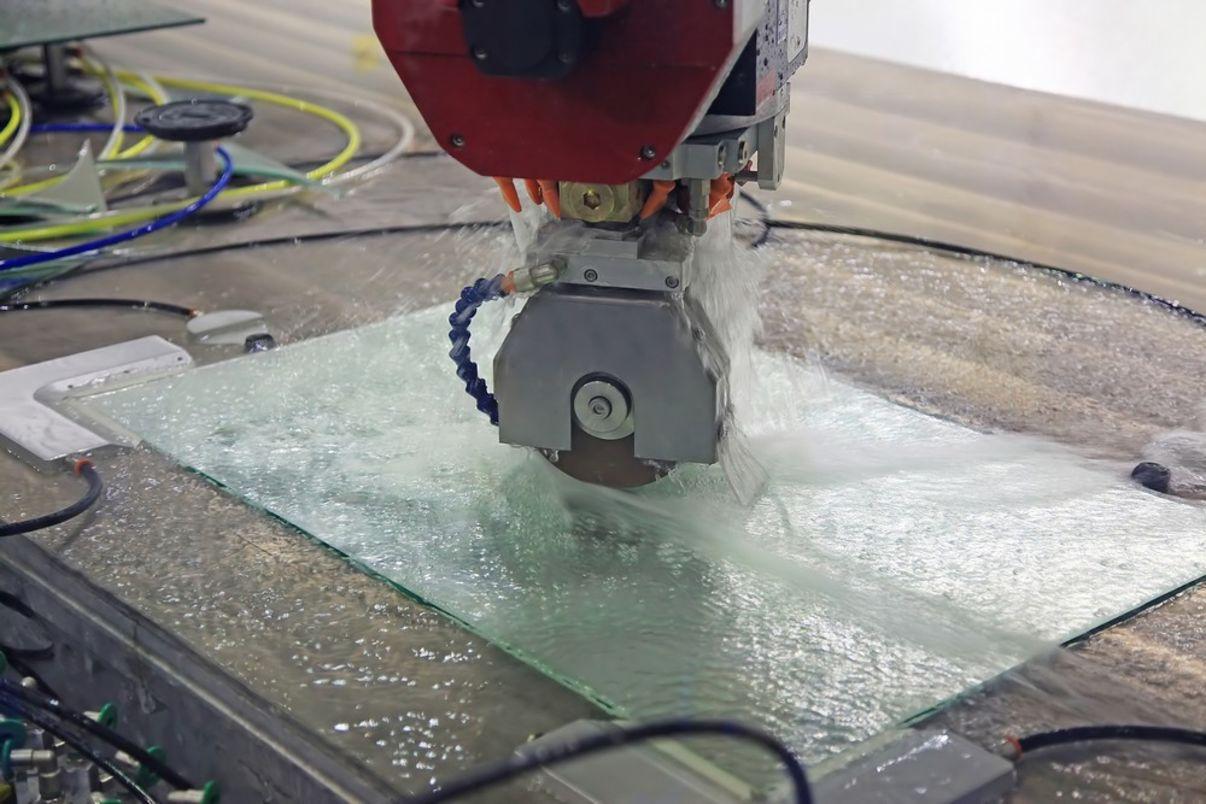 עיצוב מראות בחיתוך CNC